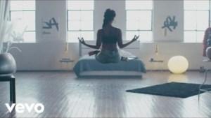 Video: Janelle Monae & Jidenna - Yoga